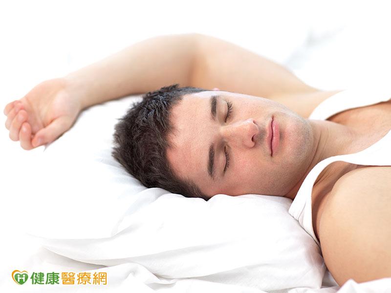 枕頭這樣睡 頸椎不再痠又累