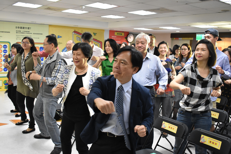 高雄青年職涯發展中心8日起首推「職旅青年特展」秀成果