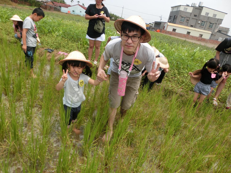 台南佳里漳洲社區在導入多元就業人力計畫後,辦理各式農事體驗活動,夯到不行。